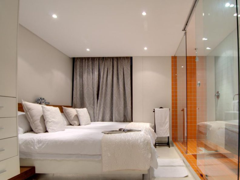 Room at Quayside 102 Durban