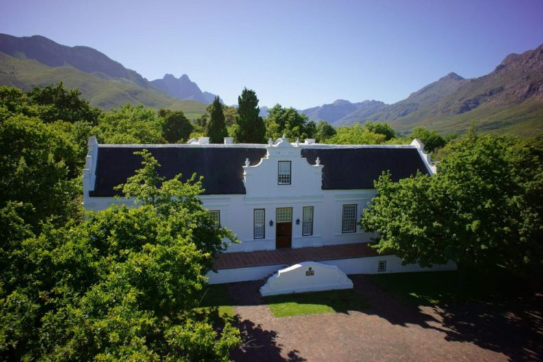 https://www.booking.com/hotel/za/de-oude-meul.en.html?aid=1764339&no_rooms=1&group_adults=2